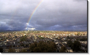 View from my office over Cathays and Roath, 1318x800 pixels (153.0K)